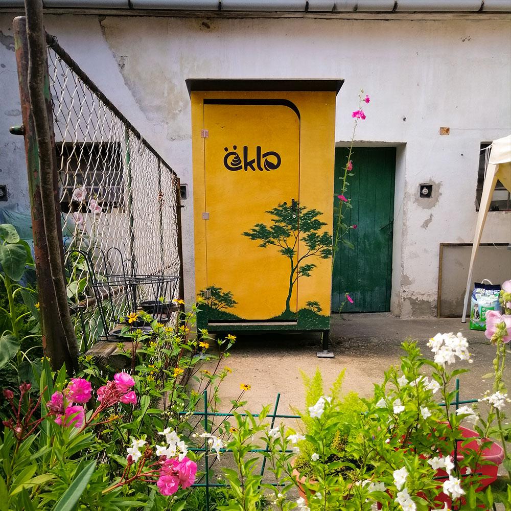 Gartentoilette_tiny_01